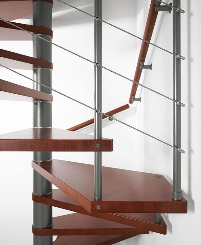 Scala a chiocciola quadrata in ferro e legno – Mod. 10Q