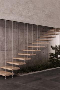 Scala a rampe in legno con tiranti in acciaio inox